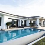 villa de luxe avec piscine en Corse